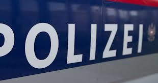 frau hörte schüsse im bad großeinsatz der polizei sn at