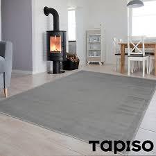 dekoration kurzflor teppich grau wohnzimmer modern einfarbig