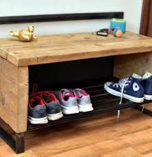 Reclaimed Wood Pallet Shoe Rack