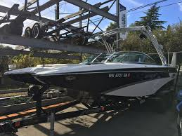 Swivel Captains Chair Boat by 2013 Mb Sports F 24 Tomcat For Sale In Bellevue Wa Seattle Boat