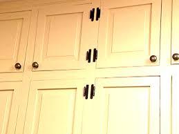Proper Kitchen Cabinet Knob Placement by Kitchen Cabinet Hardware Video Hgtv