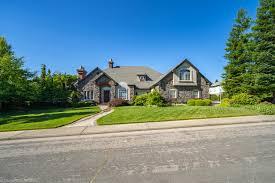 100 The Redding House 3546 Stone Ridge Pl 96001