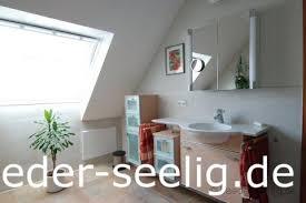 ein barrierefreies bad kann auch unterm dach eingerichtet