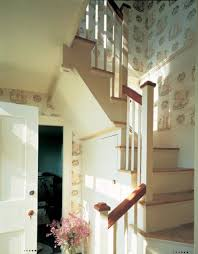 Colonial Style Wallpaper Lights Up A Stairwell In Summer House Maine