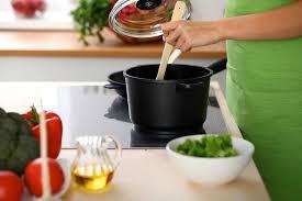 cuisiner au gaz ou à l électricité cuisson au gaz ou à l électricité quelles différences auchan