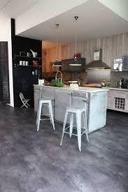 sol vinyle cuisine une cuisine effet métal galerie photos d article 9 11