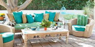 Beach Style Outdoor Patio With Vintage Sofa And Coffee Table