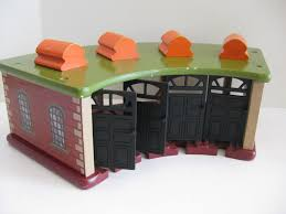 Tidmouth Sheds Wooden Ebay by Wooden Toy Train Roundhouse 4 Door Tidmouth Shed Station Thomas