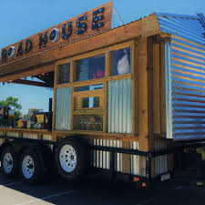 Roadhouse Grille - Nashville Food Trucks - Roaming Hunger