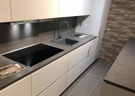 2 zeilen küche hellgrau