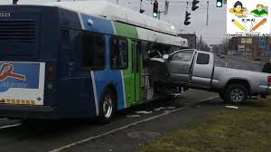 Pickup Truck Accident With The Bus In Syracuse, New York - YouTube