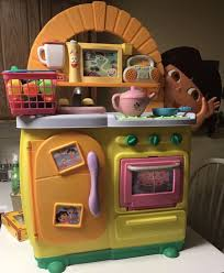 Dora Kitchen Play Set Walmart by Kitchen Awesome Play Kitchens For Toddlers Step 2 Kitchen Playset