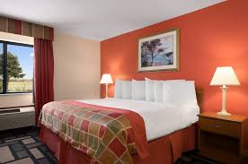 Just Beds Springfield Il by Baymont Inn And Suites Springfield Il 2017 Room Prices Deals