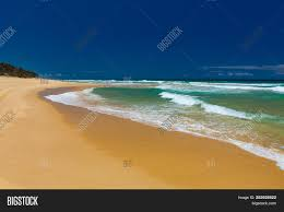 100 Currimundi Beach Sandy Image Photo Free Trial Bigstock