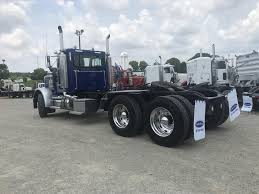 USED 2005 PETERBILT 379 TANDEM AXLE DAYCAB FOR SALE FOR SALE IN ... Used 2007 Kenworth T300 Rollback Truck For Sale 5622 Used Trucks For Sale 2008 T800 Tandem Axle Daycab 550975 W900l Sleeper For Auction Or Lease Olive 2001 Talbert Ne2000 Trailer 556261 2015 Peterbilt 389 Tandem Axle Sleeper In 357 568228 2012 T660 562485