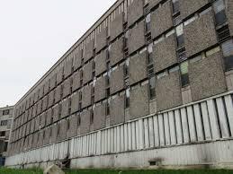 surpopulation carcérale valls annonce la création de 33