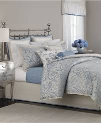 Macys Bedding Collections by Best 25 Paisley Bedding Ideas On Pinterest Brown Bedside Tables