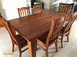 SOLID TIMBER DINING ROOM SUITE