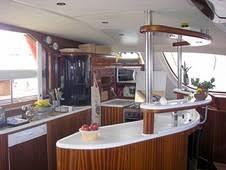 cuisine bateau vivre en bateau bateau milo one catana 58