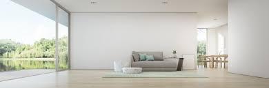 wohn und esszimmer mit seeblick eines luxus sommerhauses