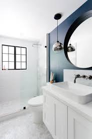 12 designer tips to make a small bathroom better