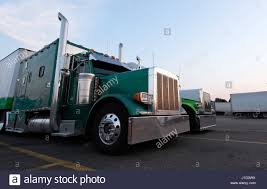 Several Large Elegant Old Style Classic Showy Green Semi Truck With ... 9504 S10 Truck Chevy Blazer Gmc Jimmy Deluxe Sun Visor Replacement Visors Holst Truck Parts Austin A35 Exterior Best Resource Inspirational For Trucks Putco Ford F150 2009 Tapeon Element Window 1988 Kenworth T800 For Sale Ucon Id 820174 31955 Klassic Car 2012 Peterbilt 587 Stock 24647102 Tpi Egr Dodge Ram 12500 Matte Black Inchannel 4 Vent Visors Enthusiasts Forums 2008 Peterbilt 387 Hudson Co 7169