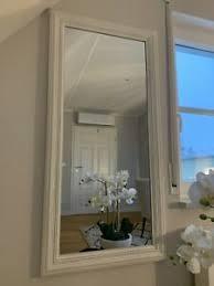 rechteckige deko spiegel im shabby stil fürs schlafzimmer