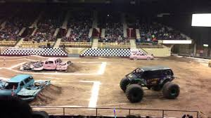 100 Monster Trucks Green Bay XL Tour Wheelie Contest HD YouTube