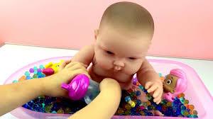Berenguer Baby Dolls La Newborn Rubber Body With Bathtub And Bath