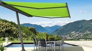 store terrasse exterieur store banne protection soleil côté maison
