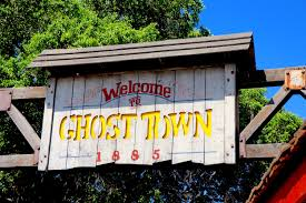 Knotts Halloween Haunt Jobs by The Riveting Tales Of Ghost Town Alive Makes It U0027s Glorious Return