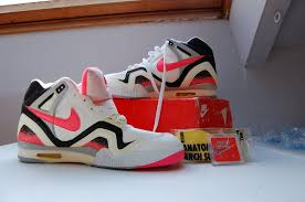 Vintage Nike Challenge Court Shoes Tennis