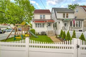 100 Ozone House 13101 134th St Park NY 11420 MLS 3130042 Coldwell Banker
