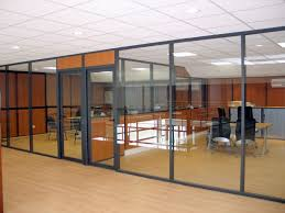cloisons bureaux cloison vitrée dans un bureau areal concept
