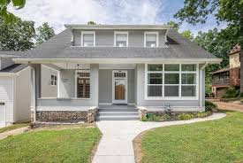 100 Northshore Bungalows 1212 Hanover St Chattanooga TN Kristen Brock