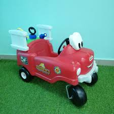 Little Tikes Fire Truck, Bayi & Kanak-kanak, Alat Mainan Dan Walkers ... Amazoncom Little Tikes Princess Cozy Truck Rideon Toys Games Spray Rescue Fire Little Tikes Fire Company Cozy Coupe Pgh Pa 1786322564 Ride On Beautiful Makeover Free Delivery Engine Car Coupe Baby Waffle Blocks Vehicle Trailer Red N
