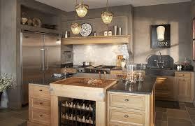 cuisine bois massif contemporaine cuisine contemporaine en métal flammande cosi deco cuisine