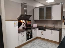 l küche 285 x 205 cm matt weiß delta