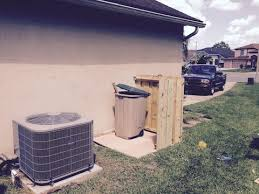 how to build small enclosure to hide your garbage can outside
