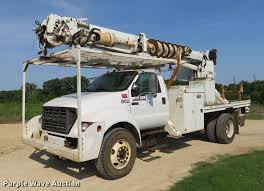 2002 Ford F750 Super Duty Digger Derrick Truck | Item EJ9627...