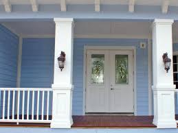 Easy DIY Porch Rail Decoration Hangers 4 Steps