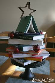 Christmas Tree Books Diy by Christmas Tree Made From Books Diy Challenge Pinterest