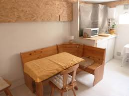 chambre detente la pièce de détente avec wifi tv frigo coin repas et micro onde