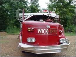 100 Fire Truck Accident Kentucky Leaves One Fighter Dead One Injured