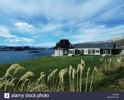 100 Modern Single Storey Houses Singlestorey House Beside The Sea In New Zealand Stock Photo