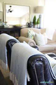 Brown Couch Decorating Ideas Living Room by Best 20 Dark Leather Couches Ideas On Pinterest Leather Couch