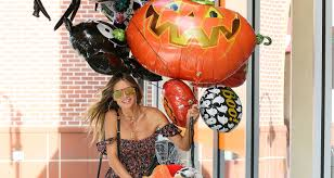 Heidi Klum Halloween 2011 by Heidi Klum Kicks Off Halloween Celebrations Early Heidi Klum