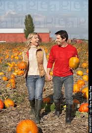 Jacksonville Nc Pumpkin Patch by How Cute Would A Pumpkin Patch Engagement Shoot Be In Love