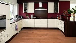 parkett oder fliesen in der küche