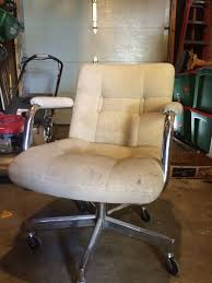 60s Office Chair $10 On Craigslist | Thrifty Finds | Chair ... Hubsch Mid Century Modern Chair Vintag Wingback Plans Ding Preowned Office Chairs Tagged Office Page 3 Value Comfortable Rocking Recliner Ikea No Corner Craigslist Deals Diy For Your Babys Room Victorian Settee For Sale Reproduction Antique Platform Glider Dtown Oklahoma Hard Kyle Not Really A Dude Faux Bamboo Set Of 6 2 Table Uk Australia Fniture Cool Decoration Using Best New Bedroom Design Barcelona Perfect Favourite Your Home With